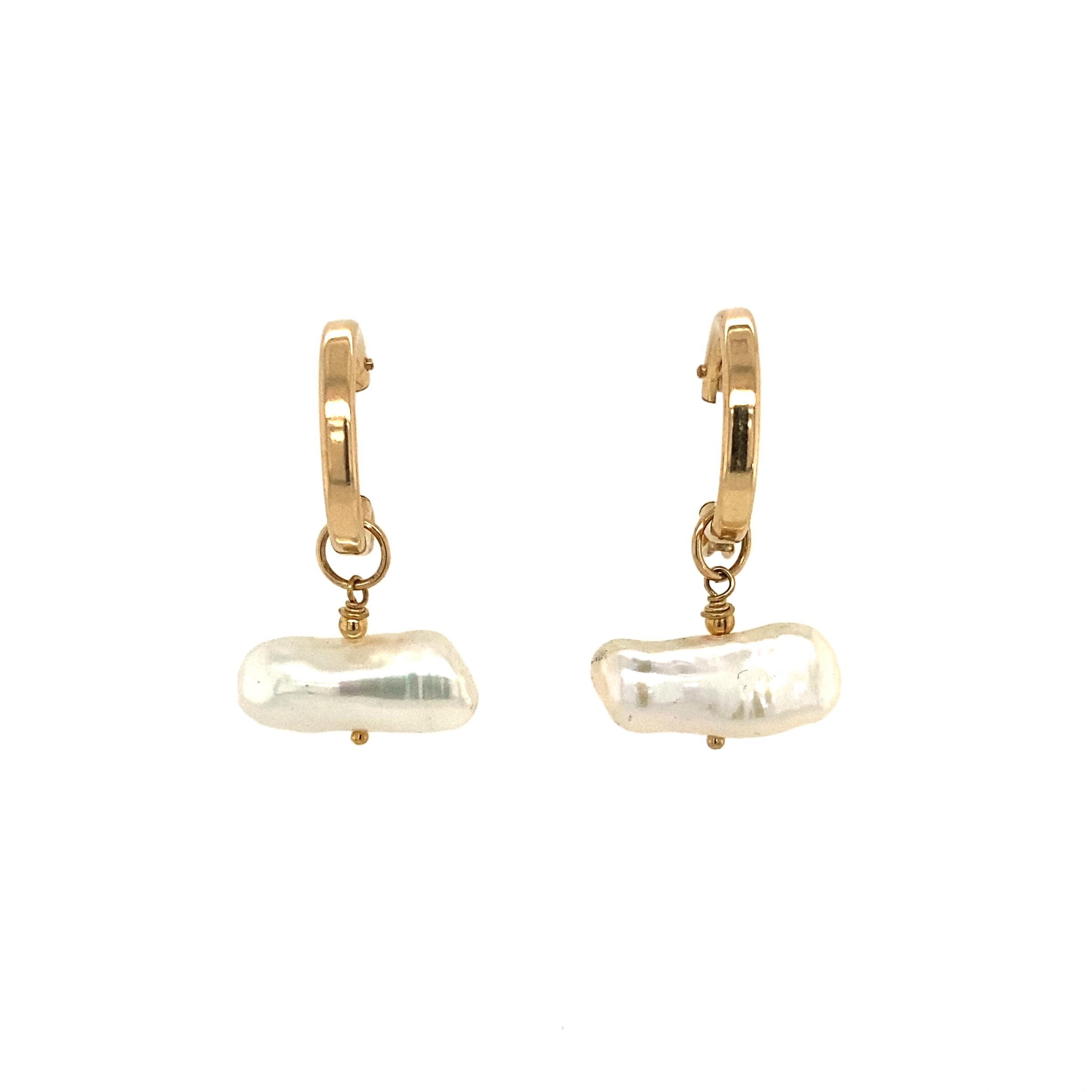 Malaga- Pearl Earrings